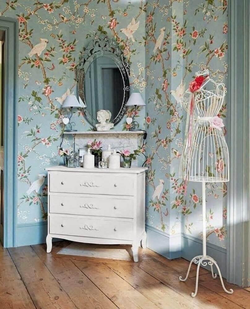 decoração vintage com papel de parede de flores Foto Chambres Inspiration