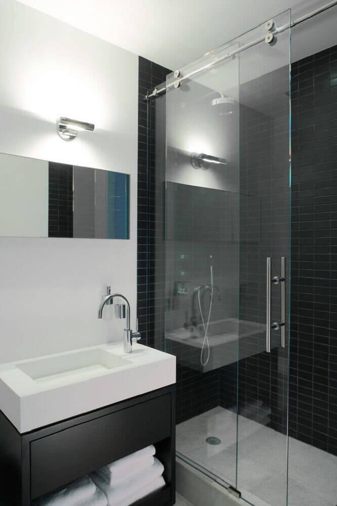 móveis planejados para banheiro decorado preto e branco Foto Pinterest