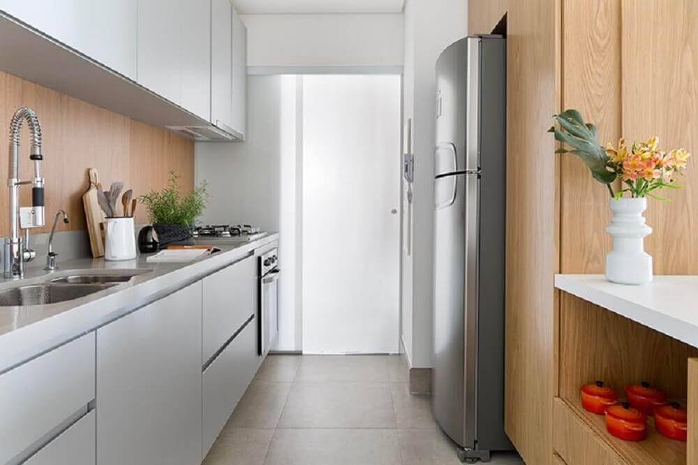 modelo de armário planejado para cozinha pequena Foto Doob Arquitetura