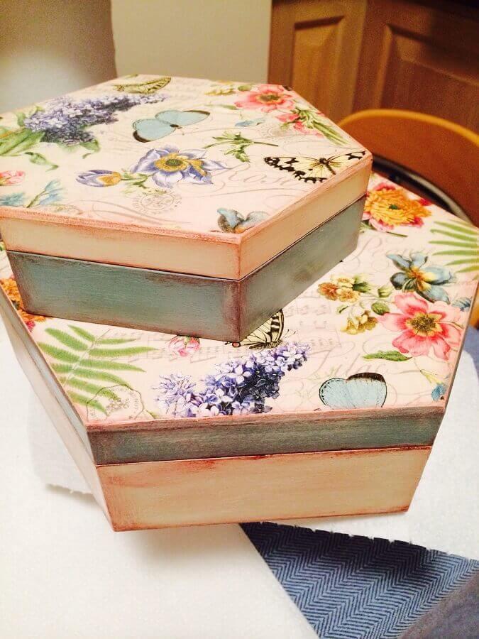 modelo de caixa de madeira decorada na tampa Foto Pinterest