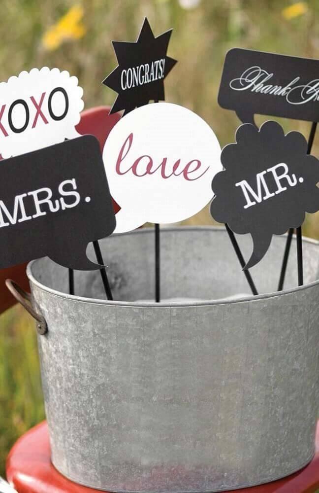 modelo de plaquinhas de festa de casamento fácil de fazer Foto Pinterest