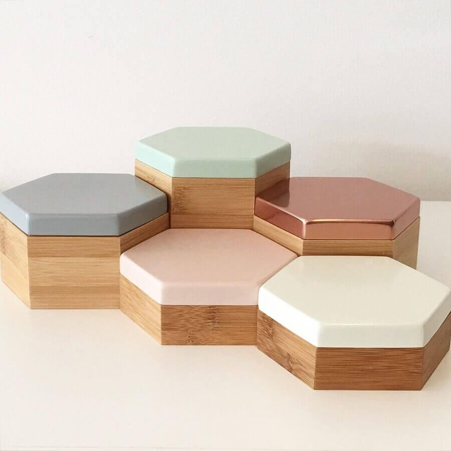 modelo hexagonal de caixa de madeira decorada Foto Pinterest