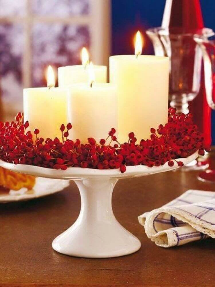 modelo simples de arranjos de natal com velas Foto Loris Decoration