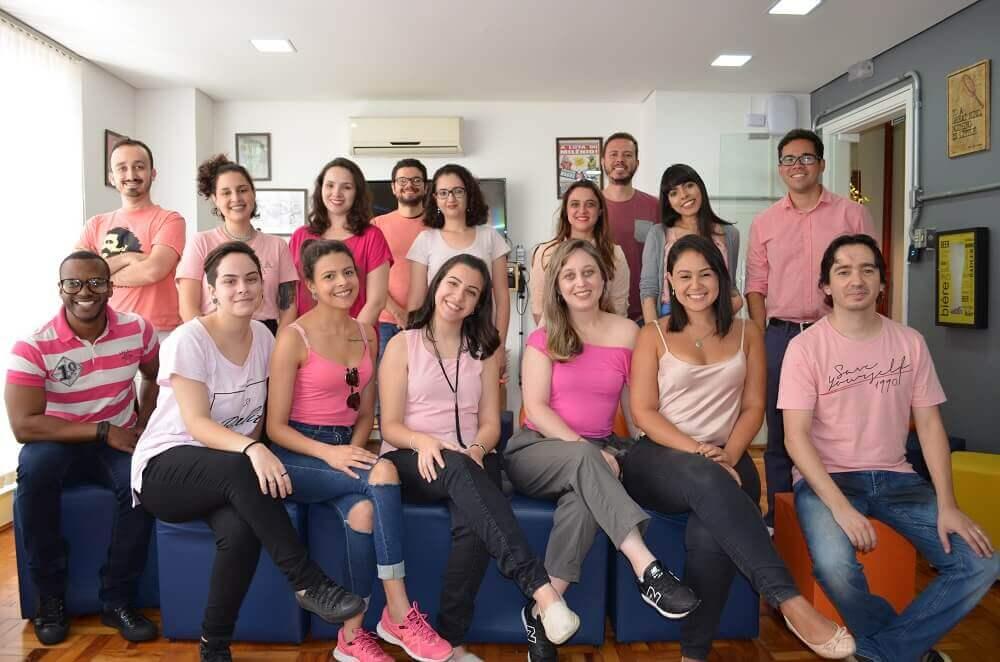 outubro rosa equipe viva decora