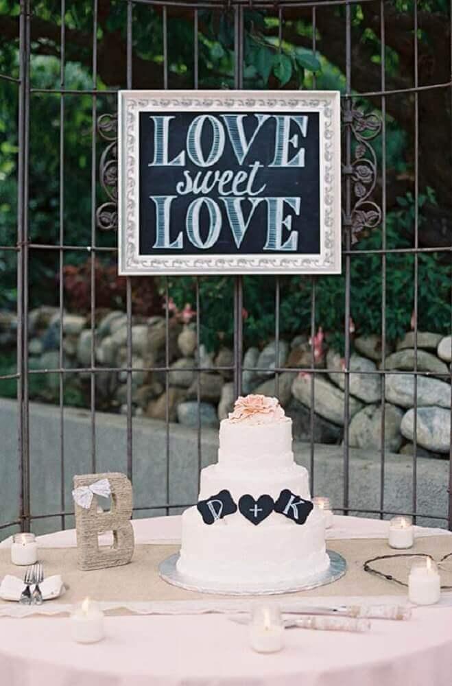 plaquinha de festa para decoração de mesa de bolo Foto 100 Layer Cake