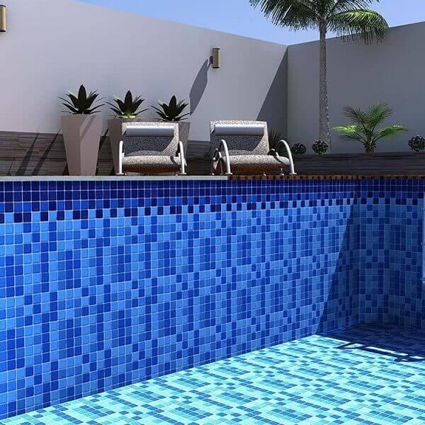 Acabamento da piscina de vinil