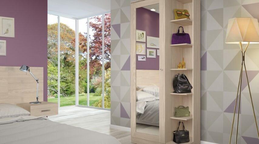 Armário de quarto multiuso com espaço para bolsas Foto de Móveis Henn