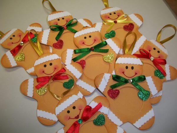 Como fazer enfeites de natal com EVA colorido