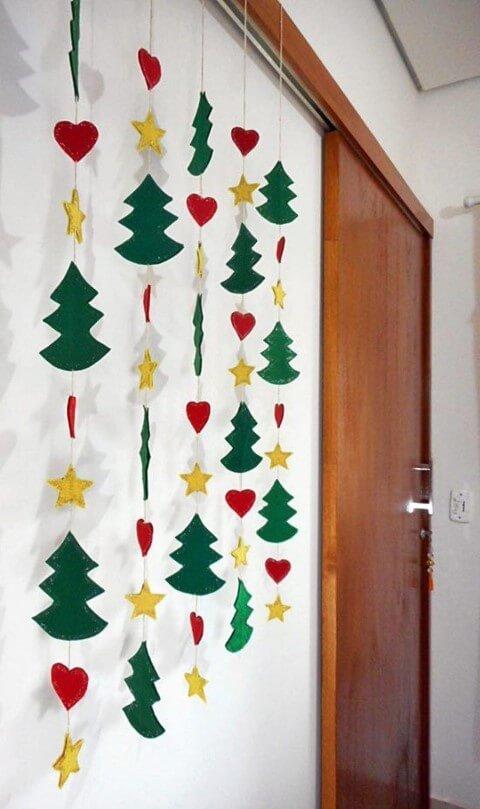 Enfeites de natal em EVA pendentes com árvores estrelas e corações Foto de Center Blog