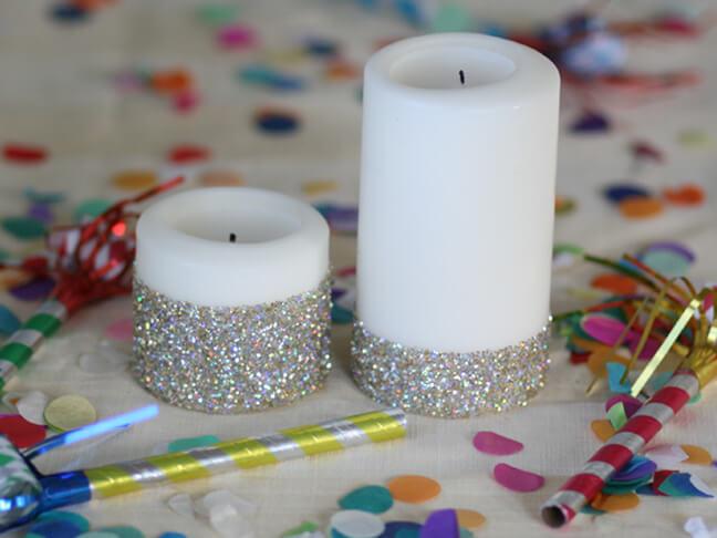 Enfeites feitos com velas de natal com glitter Foto de Hobilendik