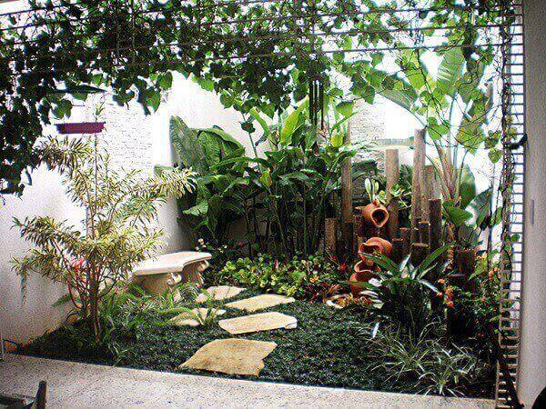 Você pode transformar pequenos espaços de sua casacom plantas para jardim