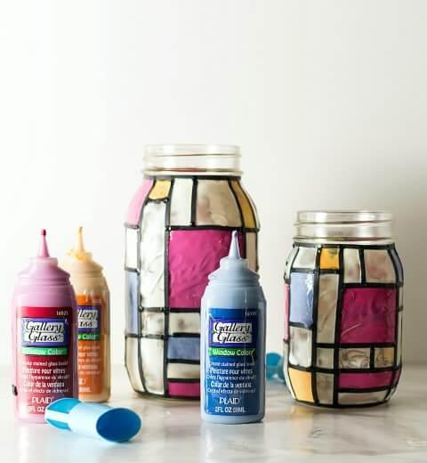Potes de vidro com desenhos estilo Mondrian Foto de Mason Jar Crafts Love