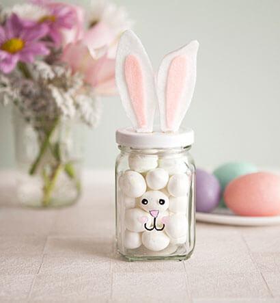 Potes de vidro com estampa de coelhinho e orelhinhas Foto de Pinterest