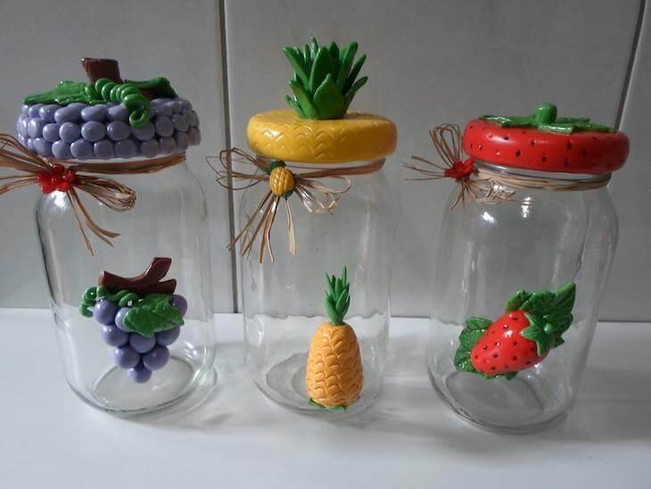 Potes de vidro personalizados com biscuit em forma de frutas Foto de Artesanatos da Amanda