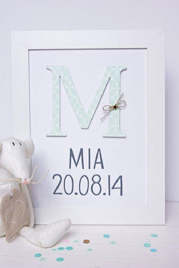 Quadro para quarto de bebê com data de nascimento da criança