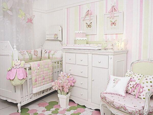 Quadro para quarto de bebê com tema de borboletas