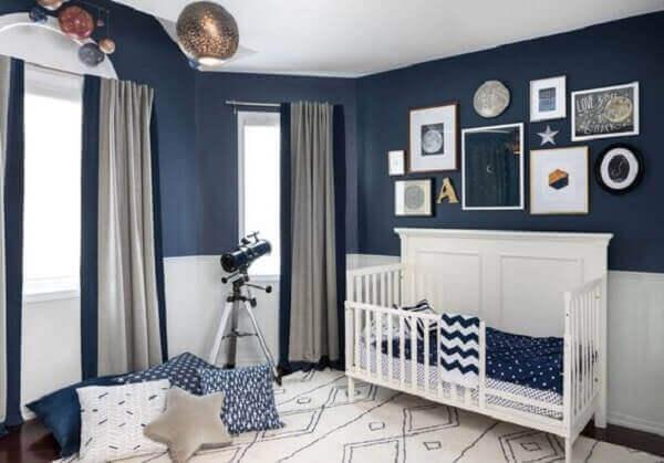 Quadro para quarto de bebê motivo universo