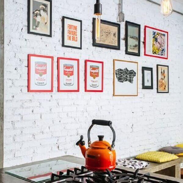 Quadros para cozinha enfeitam com estilo o ambiente