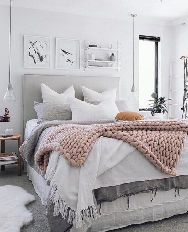 Quadros para quarto com quadro pendurados na parede