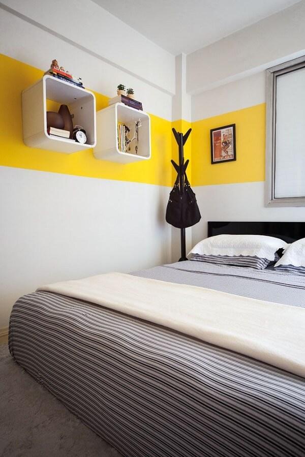 Quadros para quarto de casal estiloso