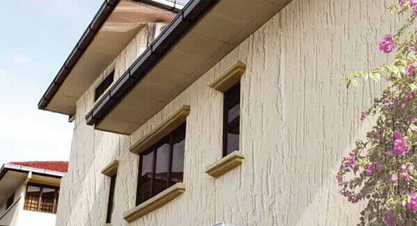 Revestimento de parede externa com tinta texturizada