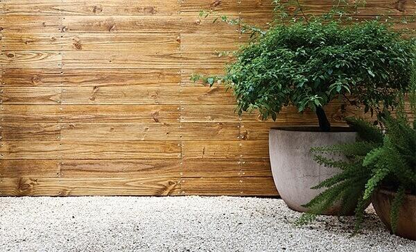 Revestimento de parede externa taco de madeira