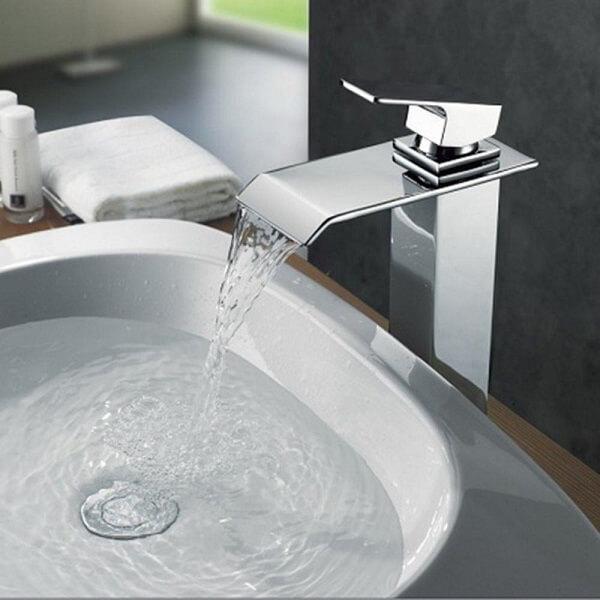 Torneira para pia de banheiro bica alta