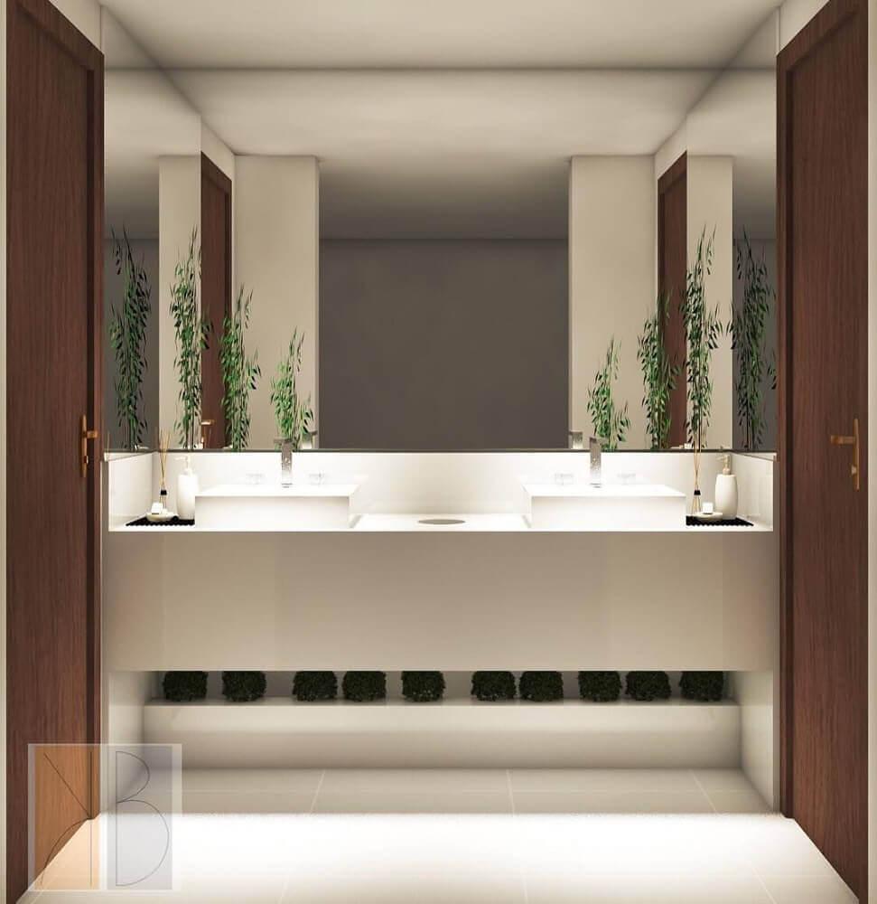 banheiro com bancada de nanoglass Foto The Holk