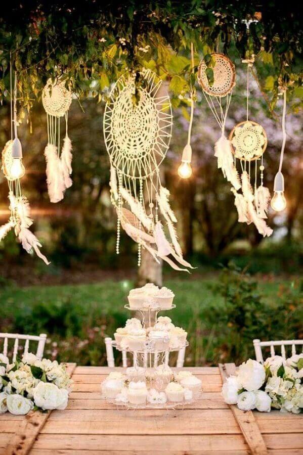 decoração com filtros dos sonhos para festa de casamento Foto Archzine