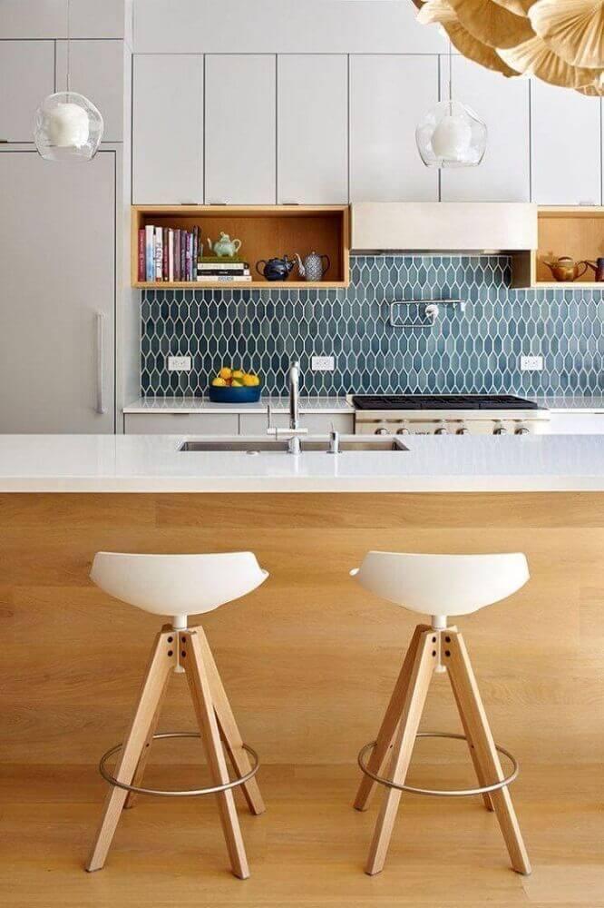 decoração para cozinha planejada com bancada nanoglass Foto Sandra Gonçalves