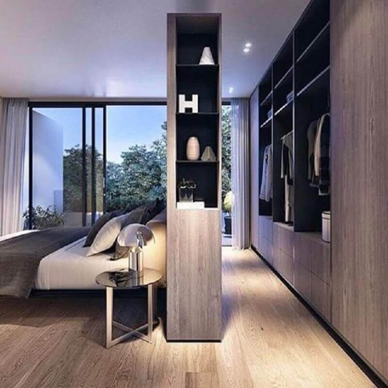 decoração para quarto com closet pequeno e nichos embutidos Foto Pinterest