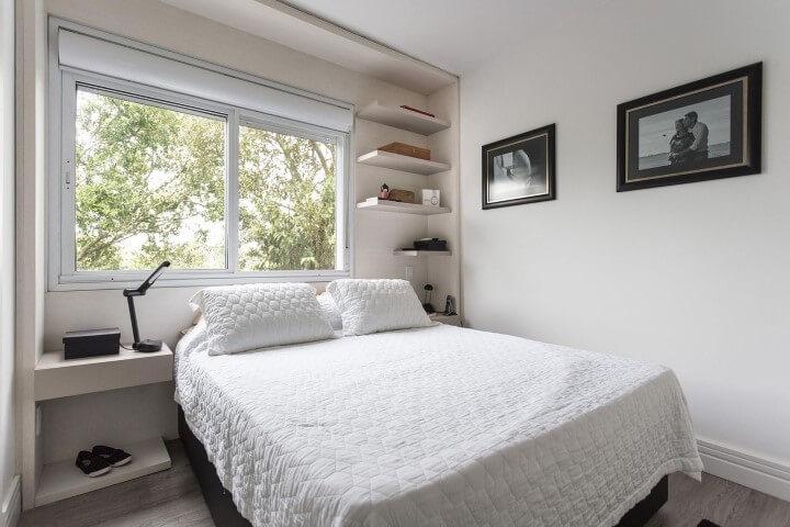 Como organizar a casa com prateleiras no quarto Projeto de Kali Arquitetura