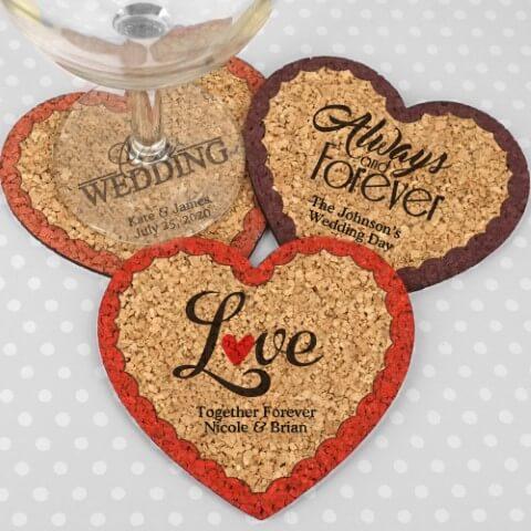 Descansos de copo em formato de coração como lembrancinhas de casamento Foto de Wedding Favor Discount