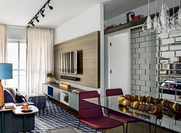 REDE PORTAIS - OS IMOVEIS DO VETOR NORTE EM REDE Espelhos-para-apartamentos-em-sala Espelhos no Apartamento: 9 Dicas Incríveis para Você Usar BLOG DICAS