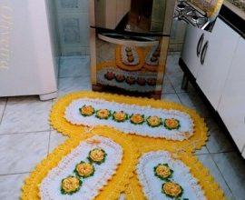 Jogo de cozinha de crochê amarelo com branco Foto de Idy Oliveira