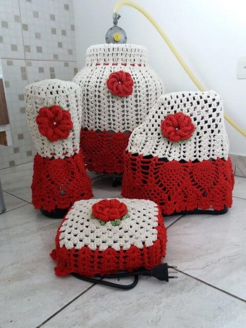 Jogo de cozinha de crochê com capas para eletrodomésticos Foto de Tayane Martins Fernandes