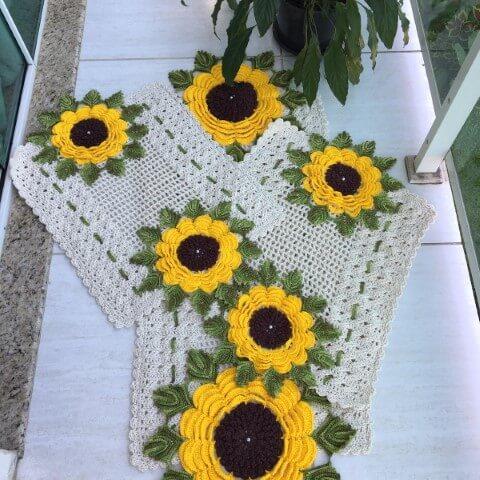 Jogo de cozinha de crochê com girassóis Foto de MS Crochê
