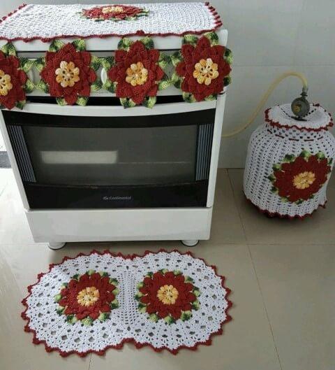 Jogo de cozinha de crochê com tapete arredondado Foto de Quel Crochê