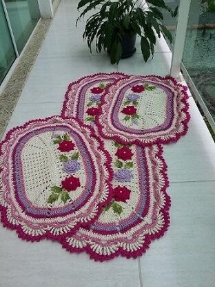 Jogo de cozinha de crochê em tons de roxa e roxo Foto de MS Crochê