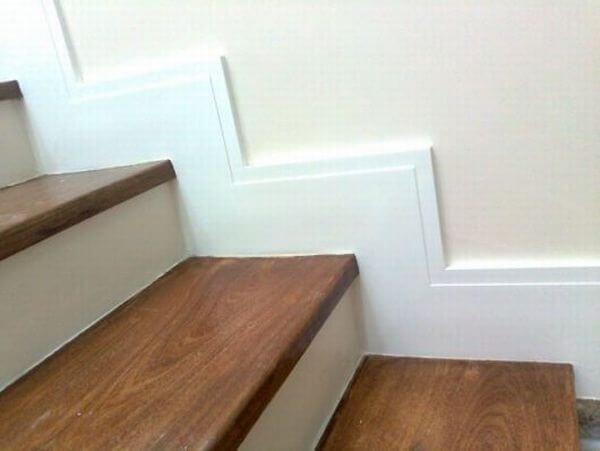 Rodapé de gesso escada