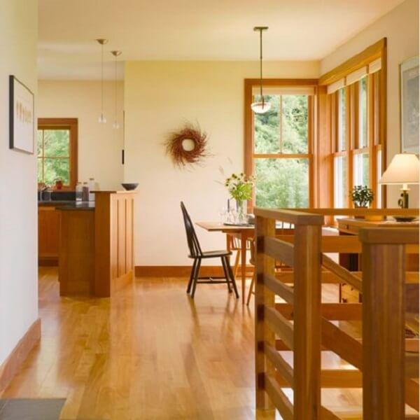 Rodapé de madeira para ambientes integrados