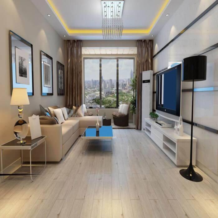 Sala de TV com piso vinílico claro e decoração sofisticada Foto de Hed Revestimentos