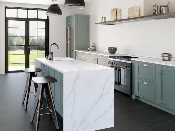 Silestone branco na cozinha Engenharia do Mármore