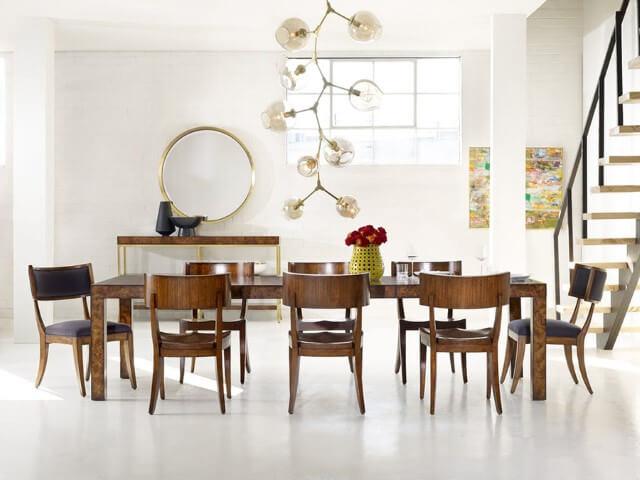 Tipos de cadeiras estofadas para usar na sala de jantar Foto de Greenbaum Interiors