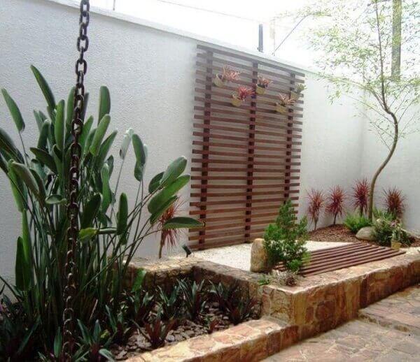 Tipos de plantas para jardim externo em pleno sol