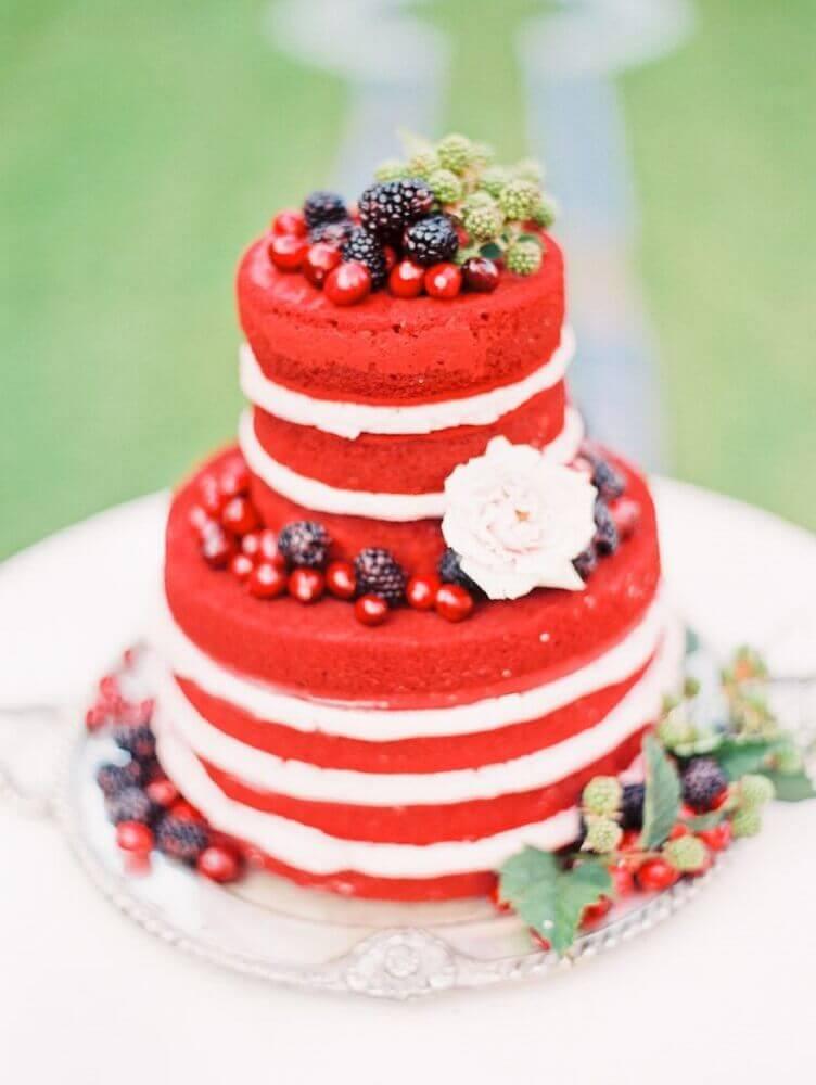 bolo de casamento simples red velvet Foto Affinity Weddings
