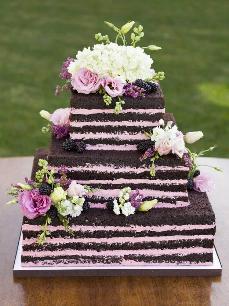 bolo simples de casamento em formato quadrado Foto Pinterest