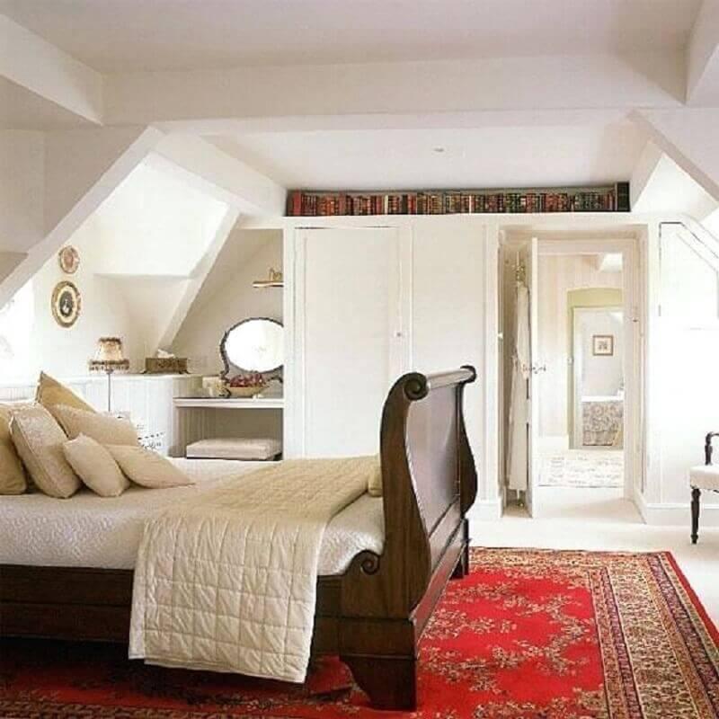 decoração clássica para quarto de casal com tapete estilo persa Foto Busy Being Jennifer