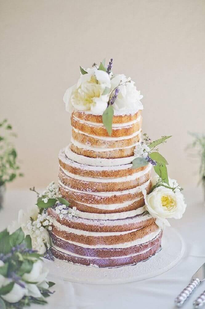 decoração com flores para bolo de casamento simples e bonito Foto Yandex