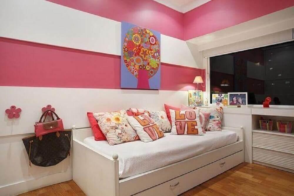 decoração em branco e rosa para quarto planejado solteiro feminino Foto Brise Arquitetura e Interiores